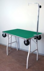 Trim table with wheels 92.5x61.5x76.5 cm